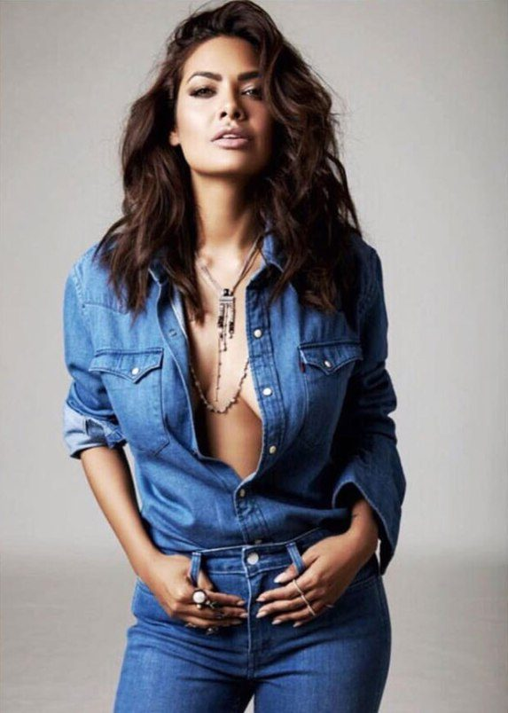 hotness esha gupta adds oomph to the denim on denim trend - Esha Gupta most Sexiest Photos-Bikiniwear Pictures-Hot Hd Wallpapers