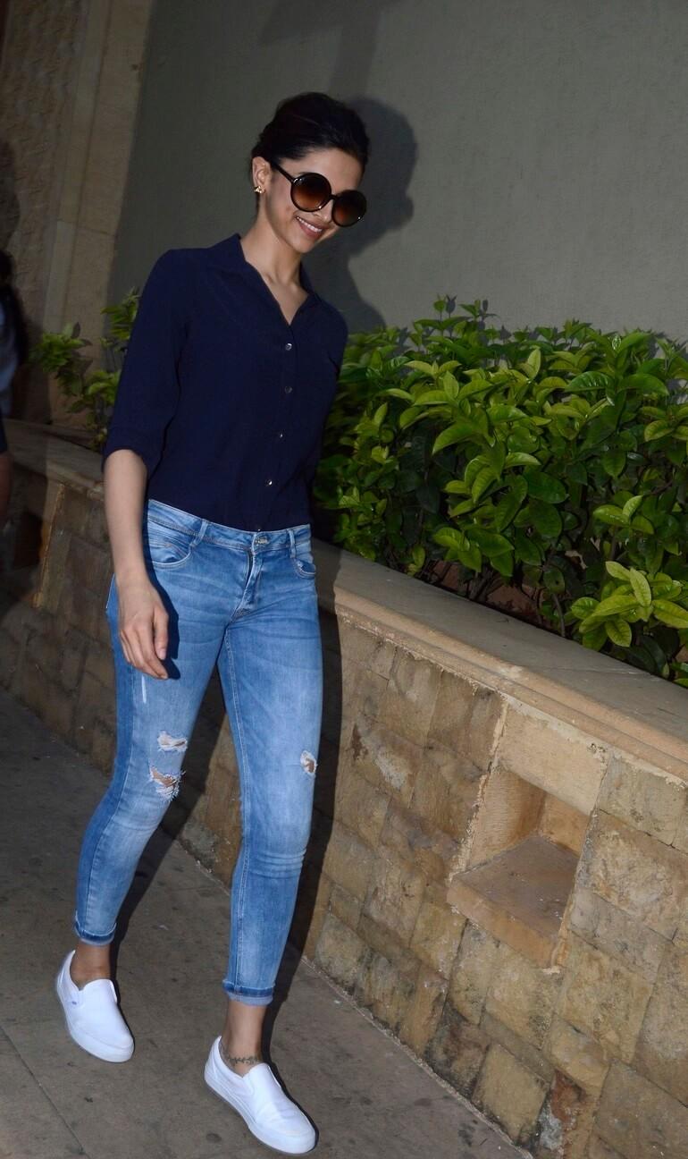Indian Actress Deepika Padukone In T-Shirt Jeans