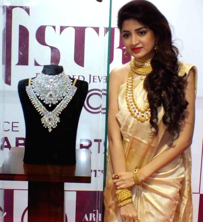 Poonam Kaur Traditonal Look