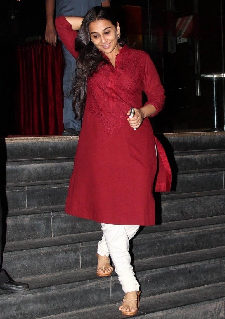 Vidya Balan In Maroon Dress And No Makeup