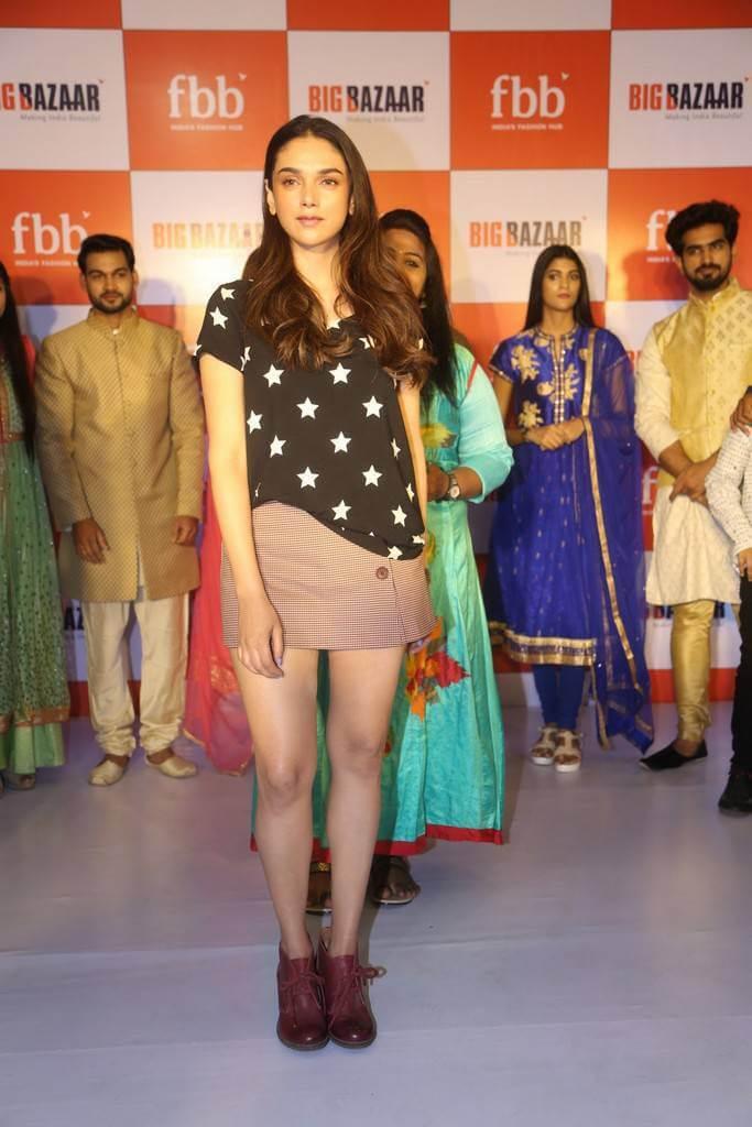 Aditi Rao Hydari in Miniskirt