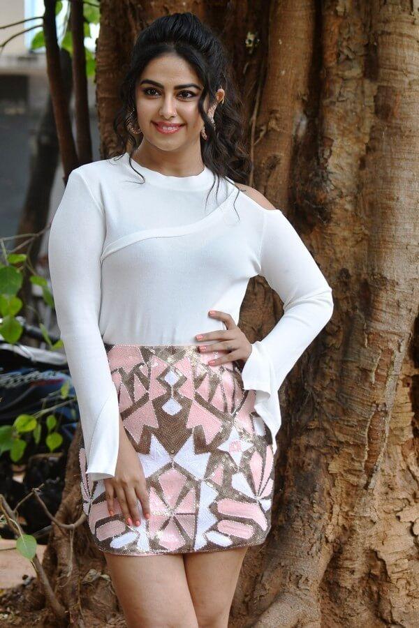 Actress Avika Gor Latest Hot Images In Miniskirt