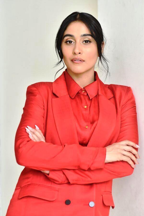 Regina Cassandra In Red Dress