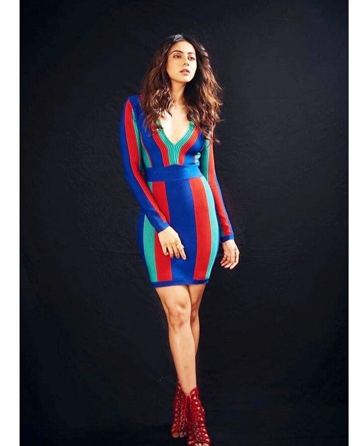 Rakul Preet Singh In Miniskirt