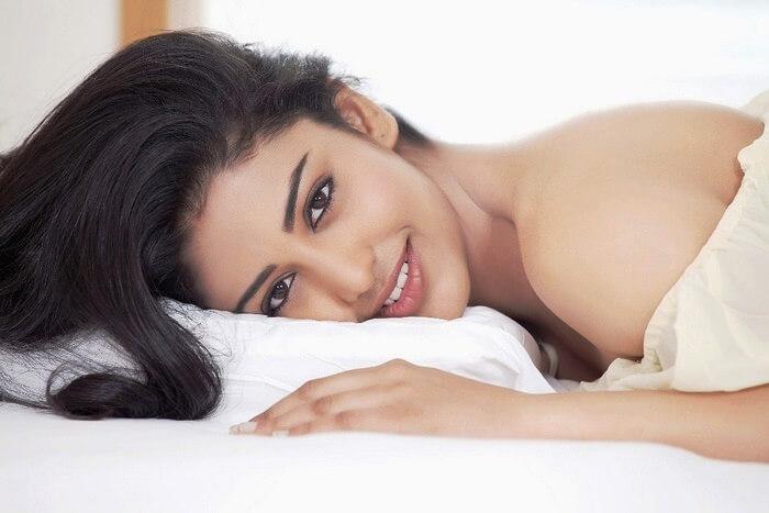 Actress Daksha Nagarkar
