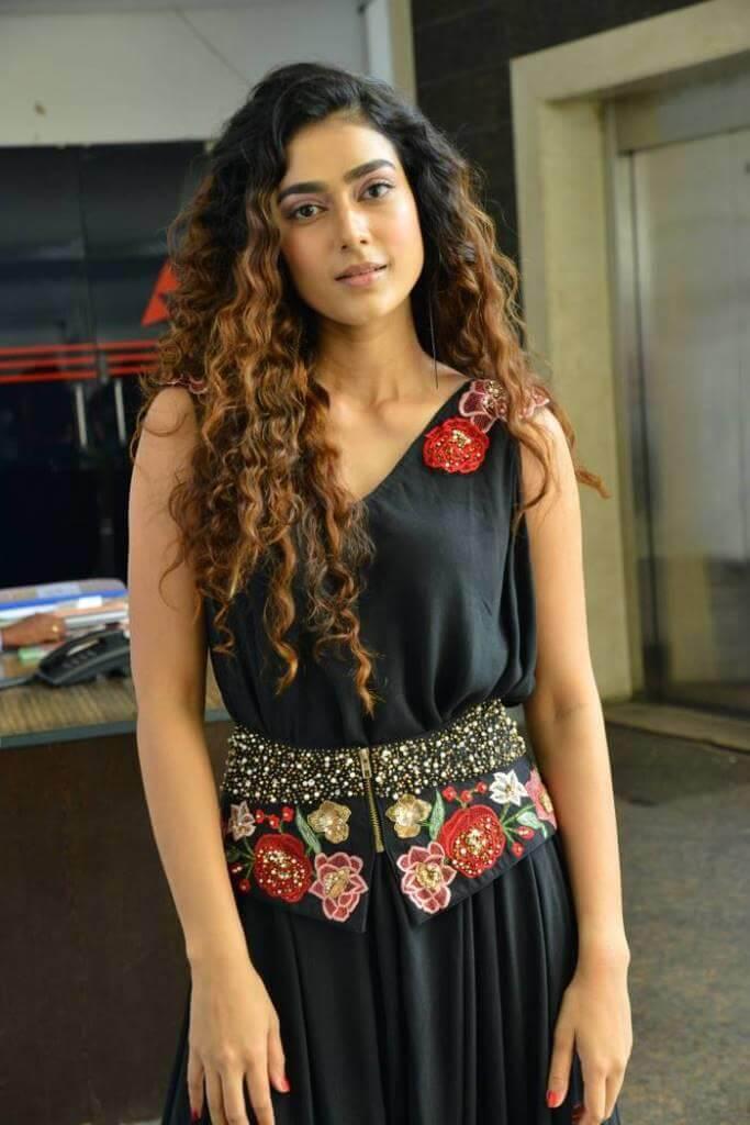 Aakanksha Singh Images At Devdas Movie Promotions