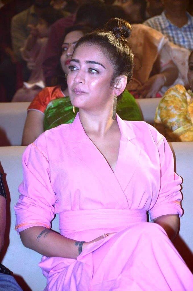 Akshara Hassan Latest Movie Stills