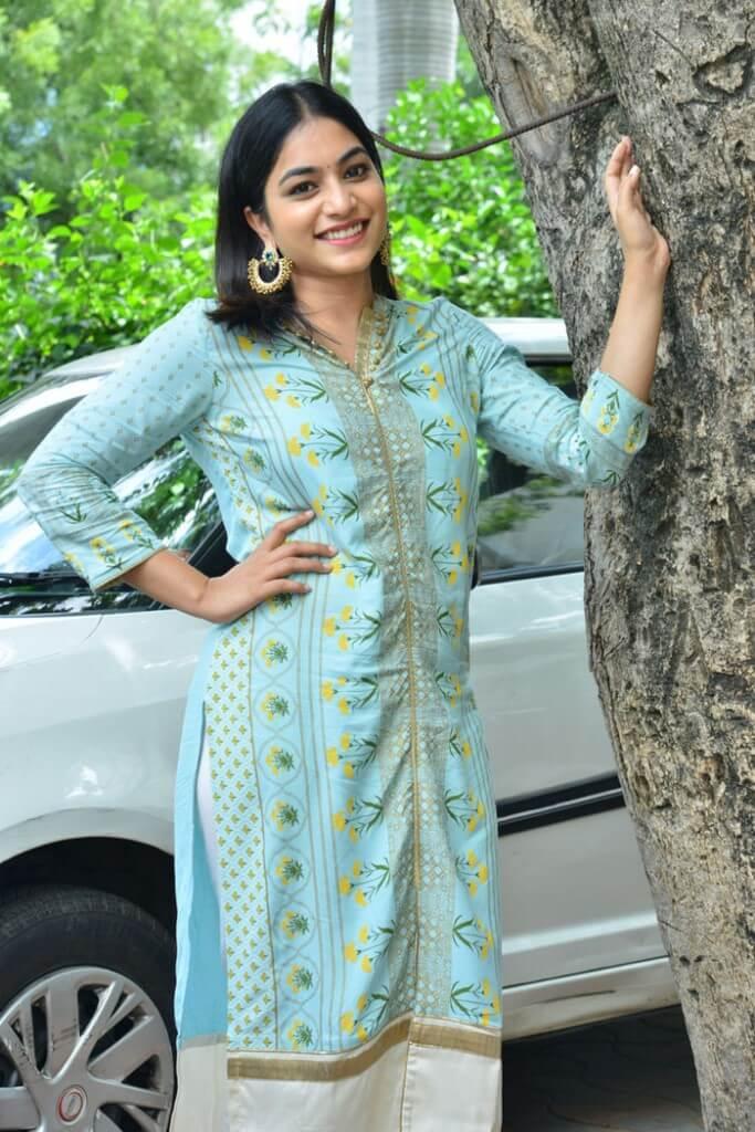 Punarnavi Bhupalam New Photos