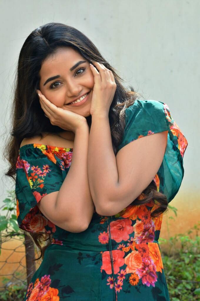 Photos Of Anupama Parameswaran