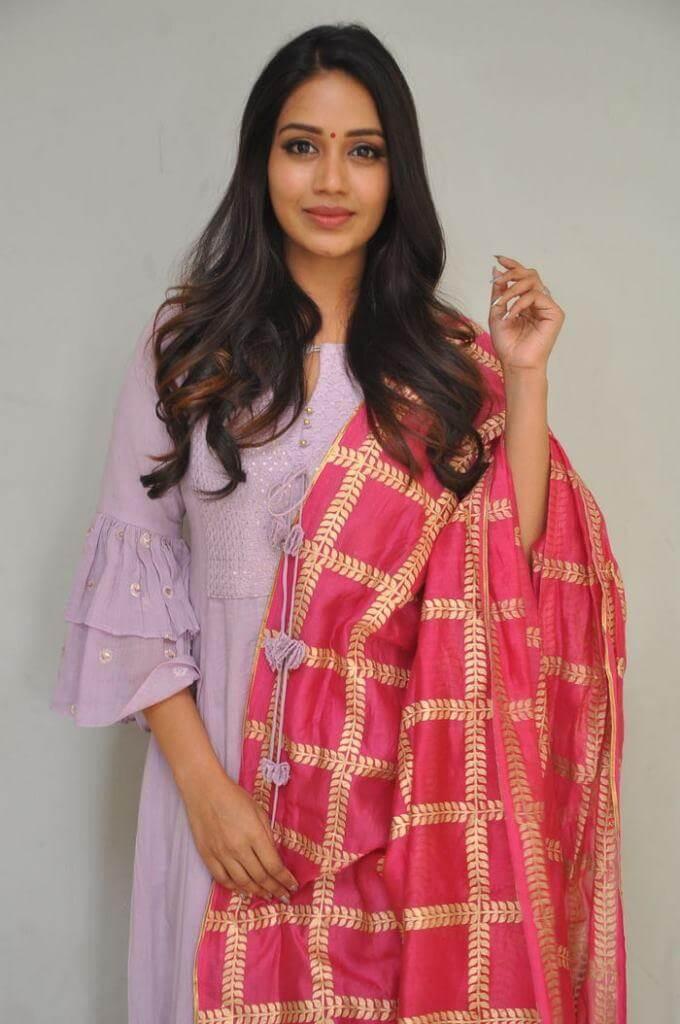 Actress Nivedha Pethuraj
