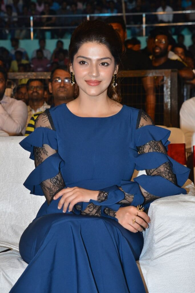 Latest Photos Of Mehreen Pirzada In Blue Dress