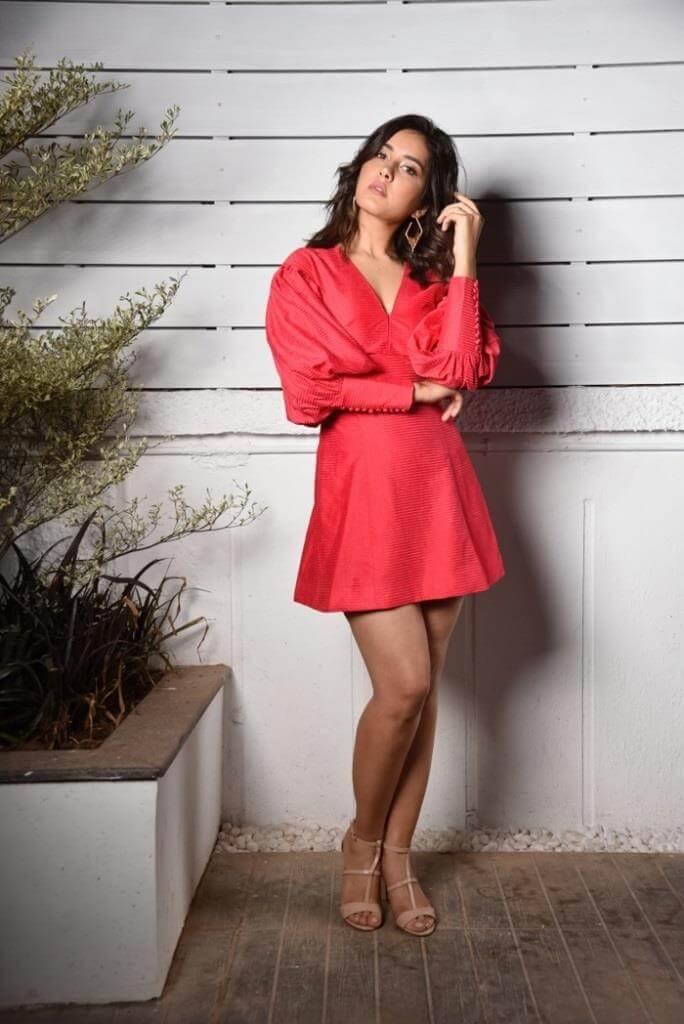 Rashi Khanna Latest Pics In Red Skirt