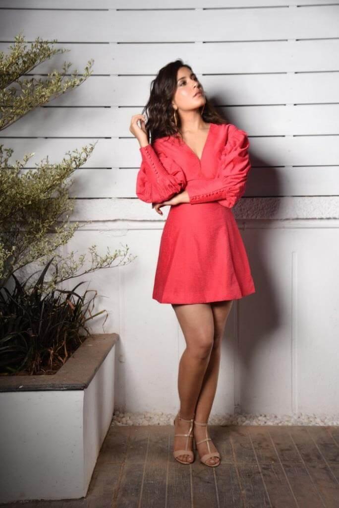Rashi Khanna Latest Snaps in The Pink Skirt