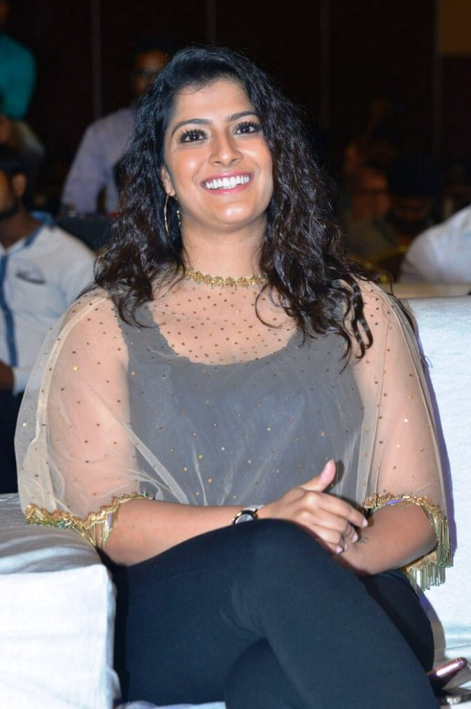 Varalaxmi Saratkumar Photos