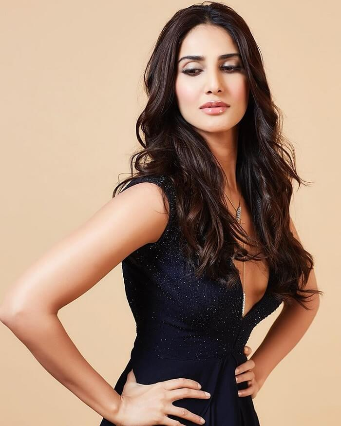 Vaani Kapoor Hot Photoshoot Images