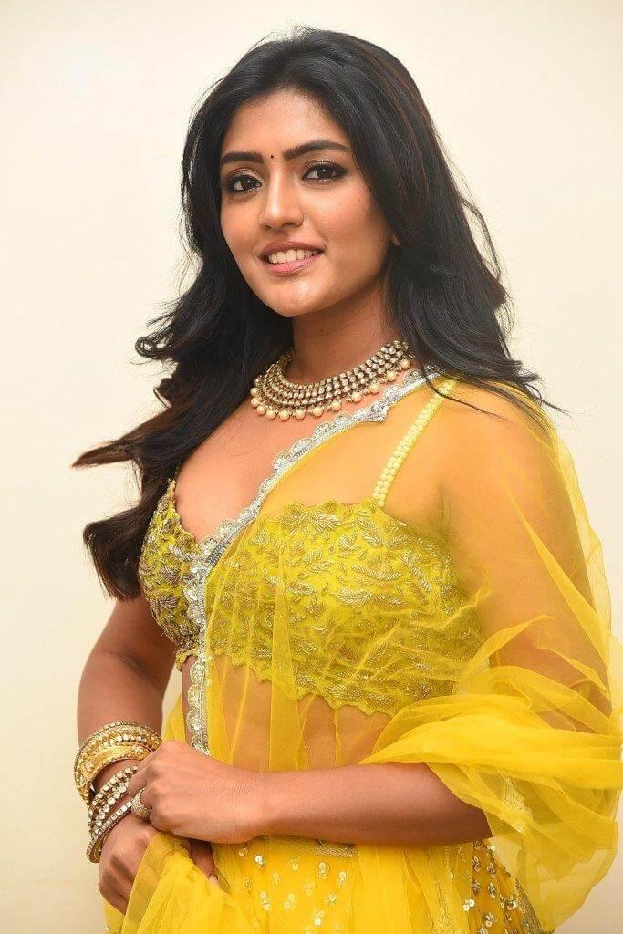 Eesha Rebba In Yellow Lehenga At VB Entertainments Awards