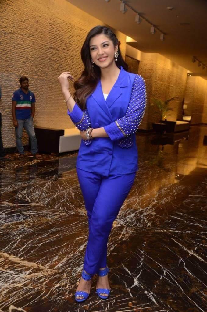 Mehreen Kaur At 'SVC'