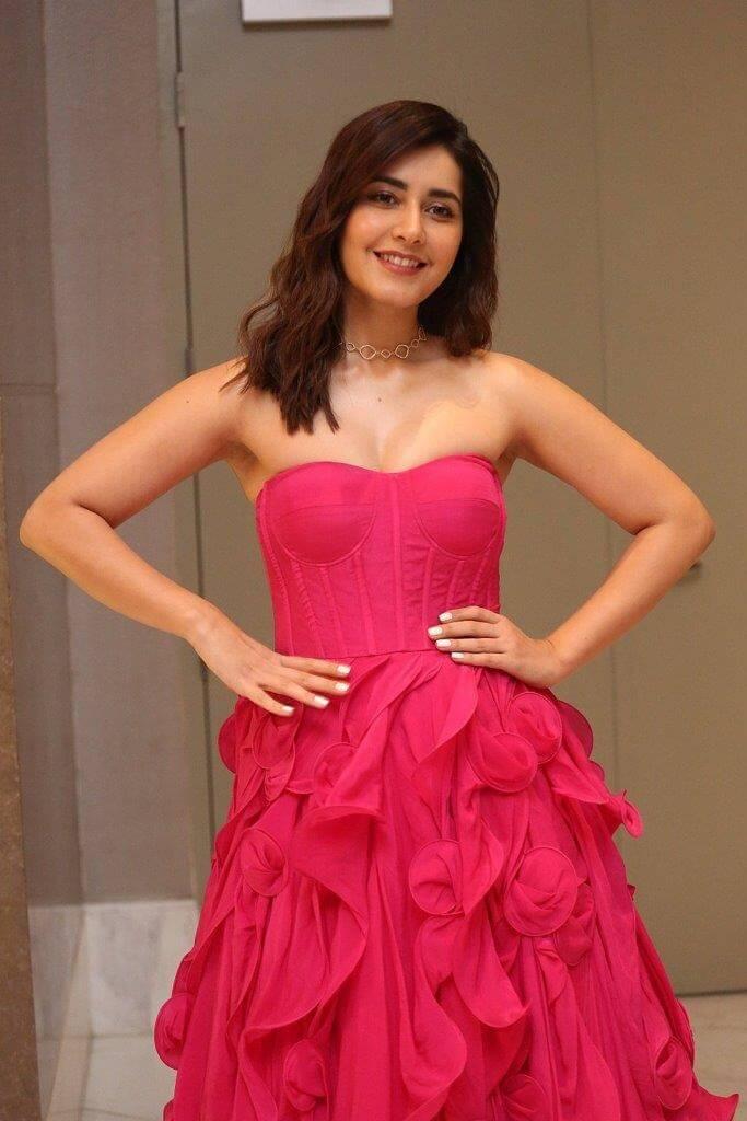Rashi Khanna At 'Prathi Roju Pandage' Movie