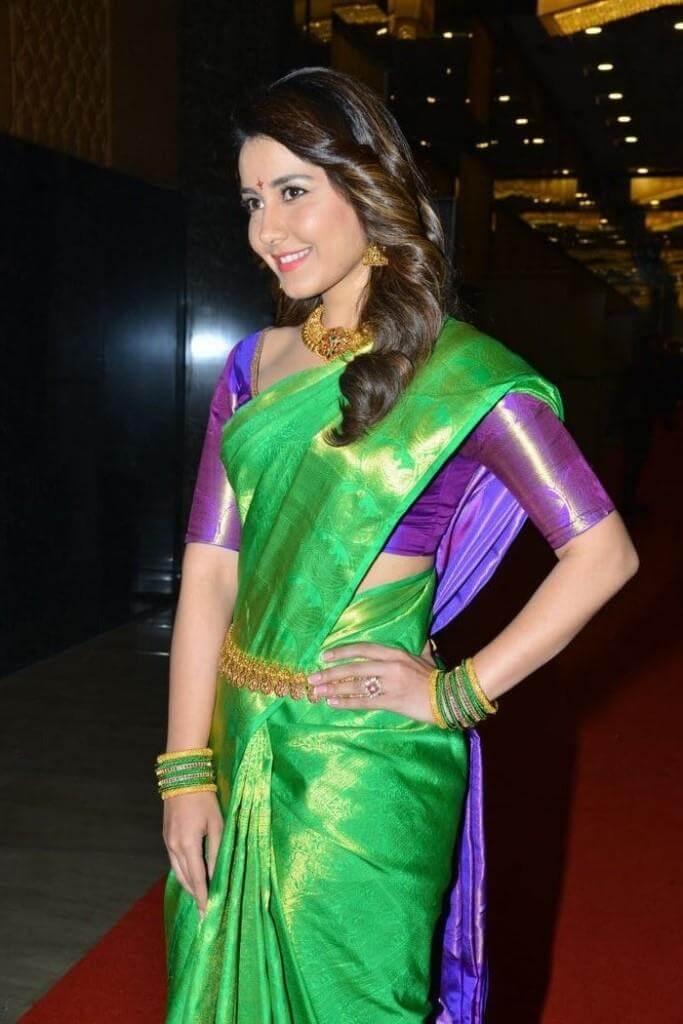 Rashi Khanna In Green Saree
