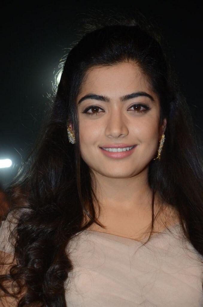 Rashmika Mandanna Hot Navel Photos