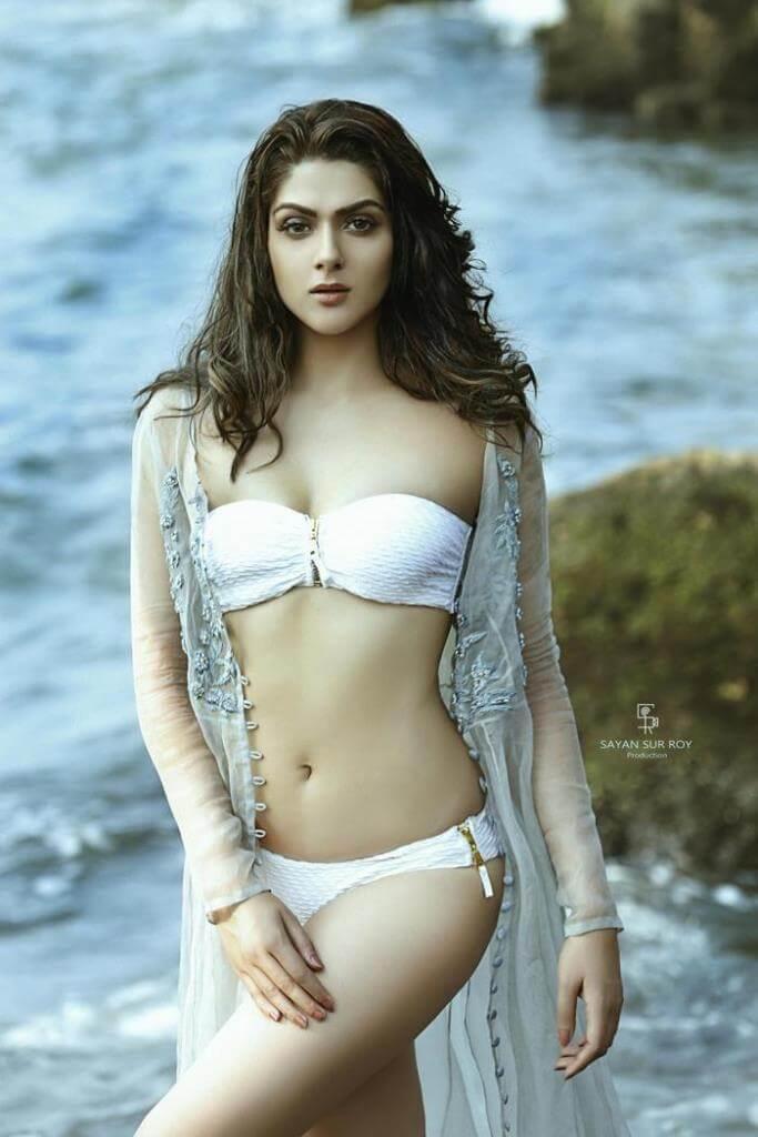 Sakshi Chowdhary Hot Bikini Stills