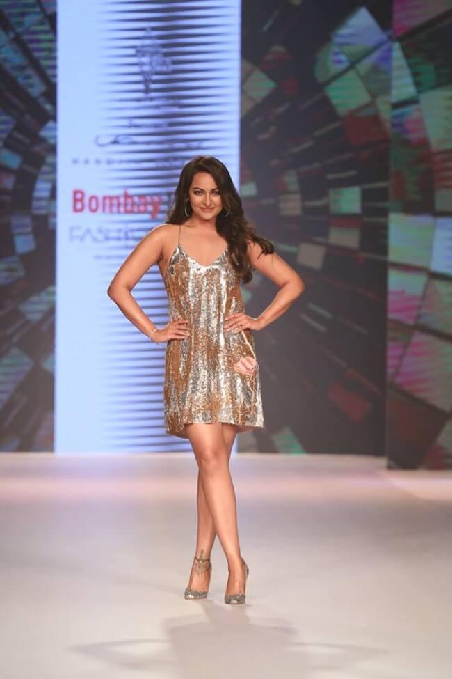 Sonakshi Sinha In Skirt