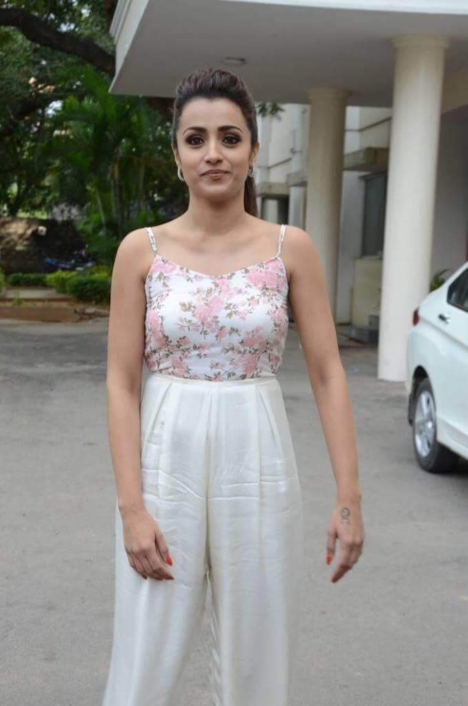 Trisha Krishnan Stills