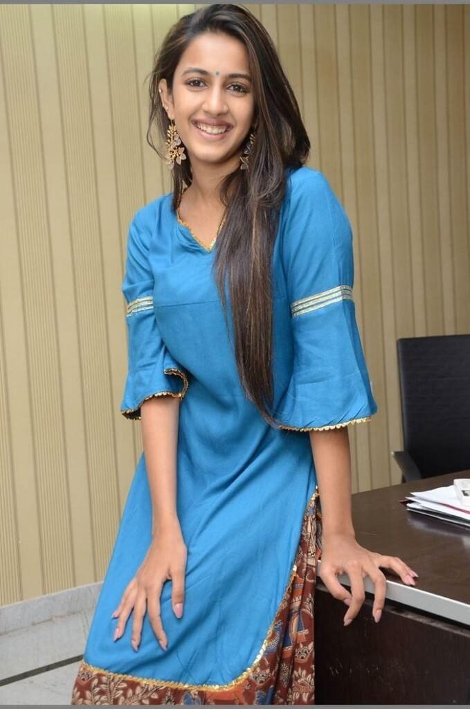 Telugu Actress Niharika Konidela