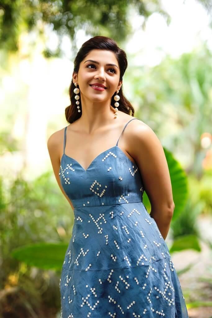 Mehreen Kaur Pics In Blue Skirt