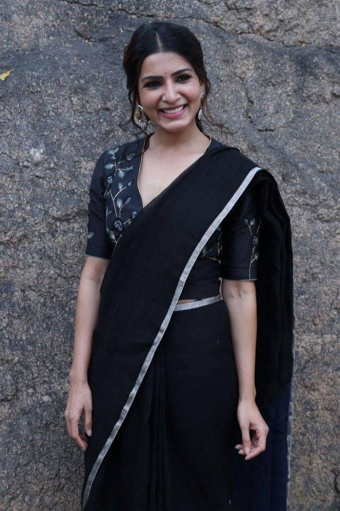 Samantha In Black Saree