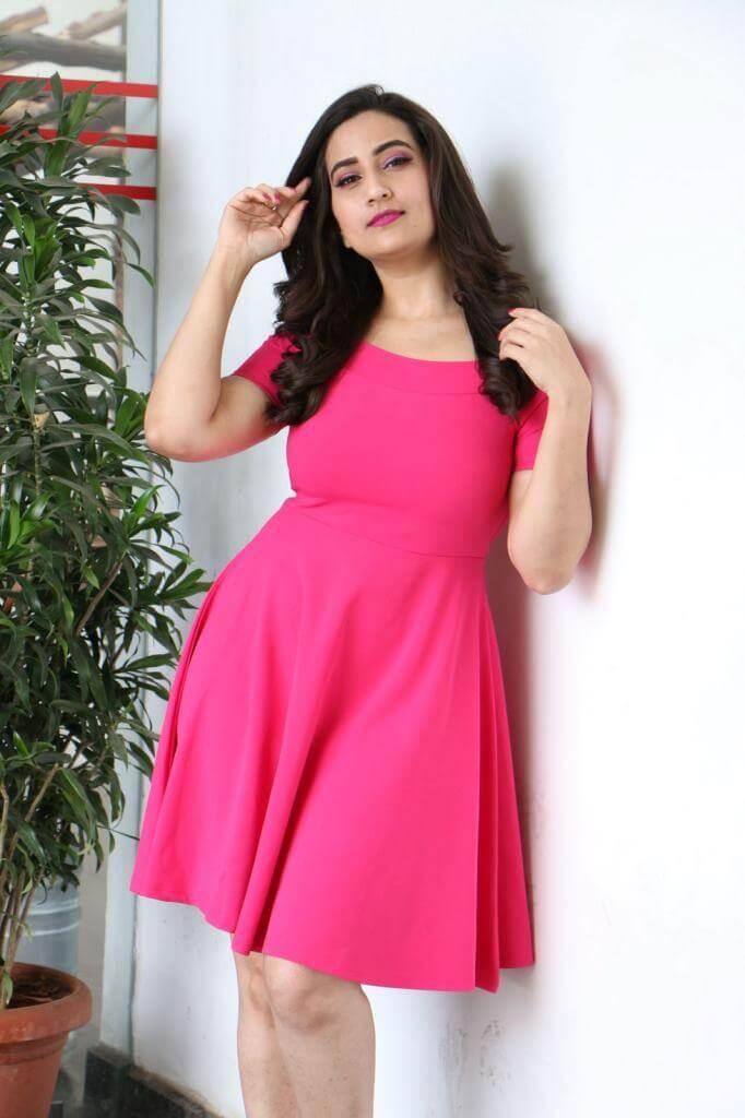 TV Anchor Manjusha From World Famous Lover movie promotions