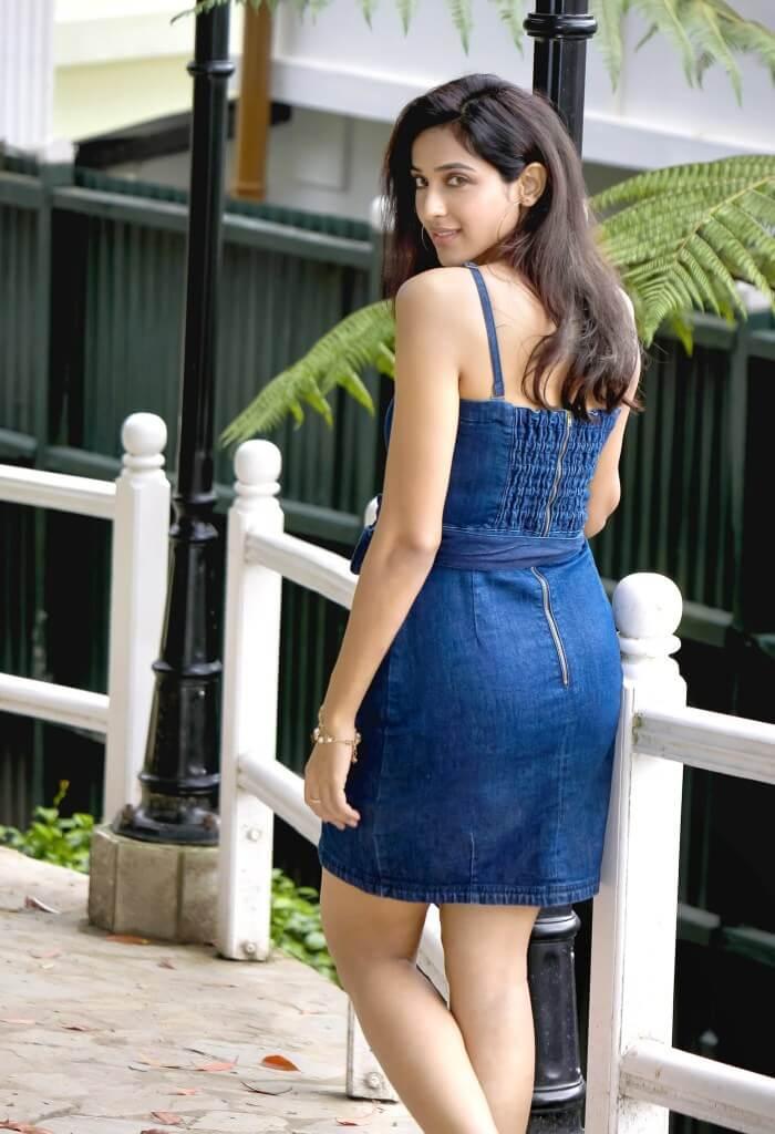 Riya Suman Hot Photoshoot In Blue Skirt