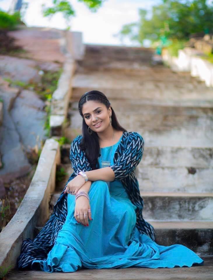 SriMukhi Stills In Blue Dress