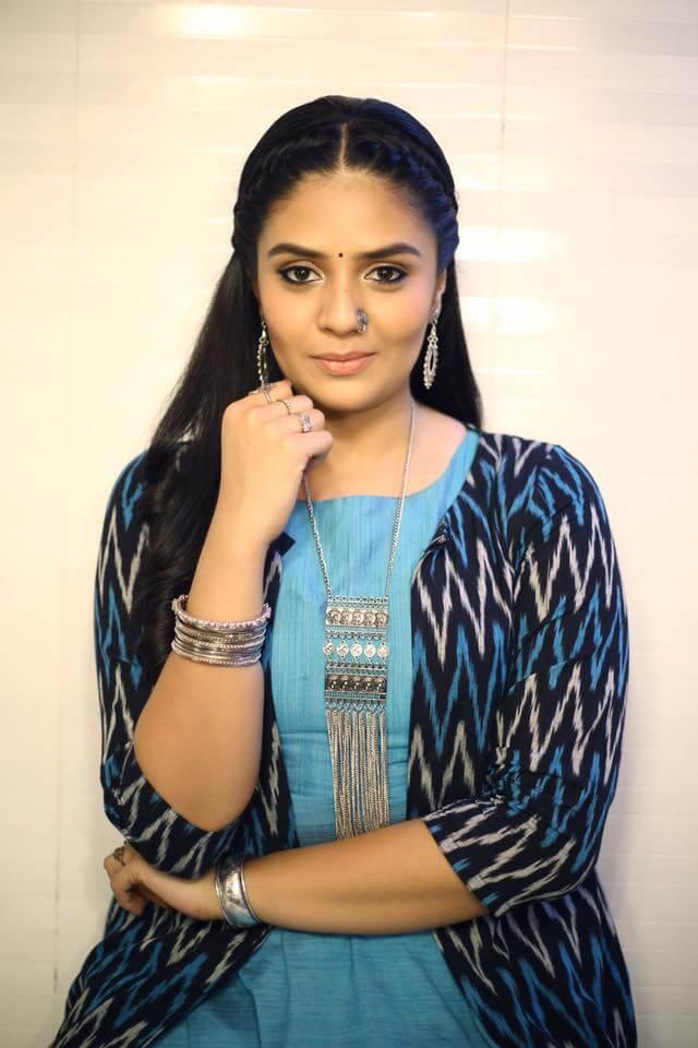 Kutumba katha Chitram Movie Actress