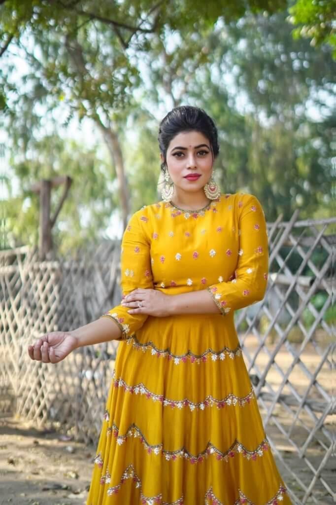 Tollywood Heroine Poorna In Beautiful Yellow Dress