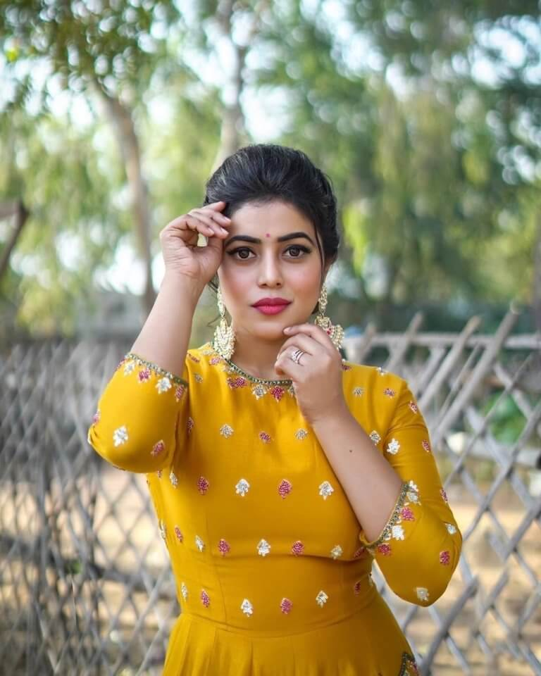 Tollywood Heroine Poorna In Yellow Dress