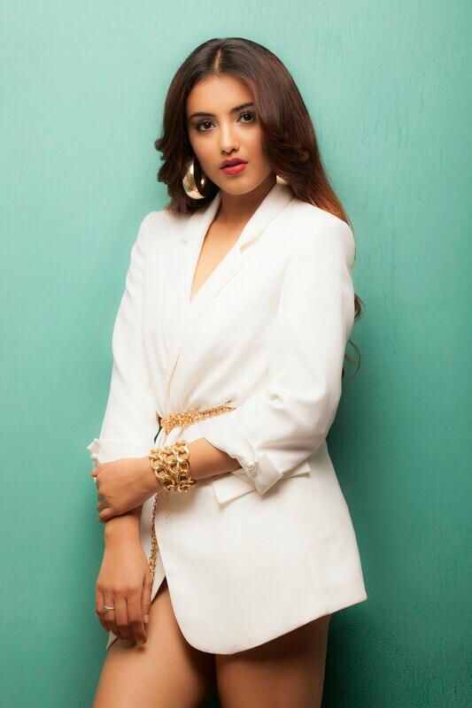 Malavika Sharma Hot Cleavage