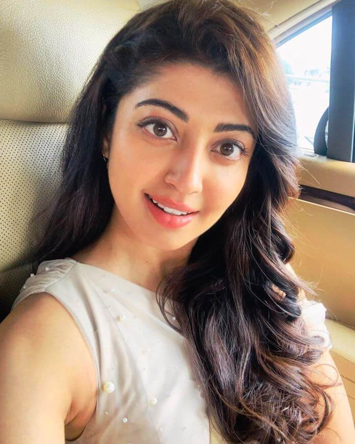 Pranitha Subhash Selfie Pics