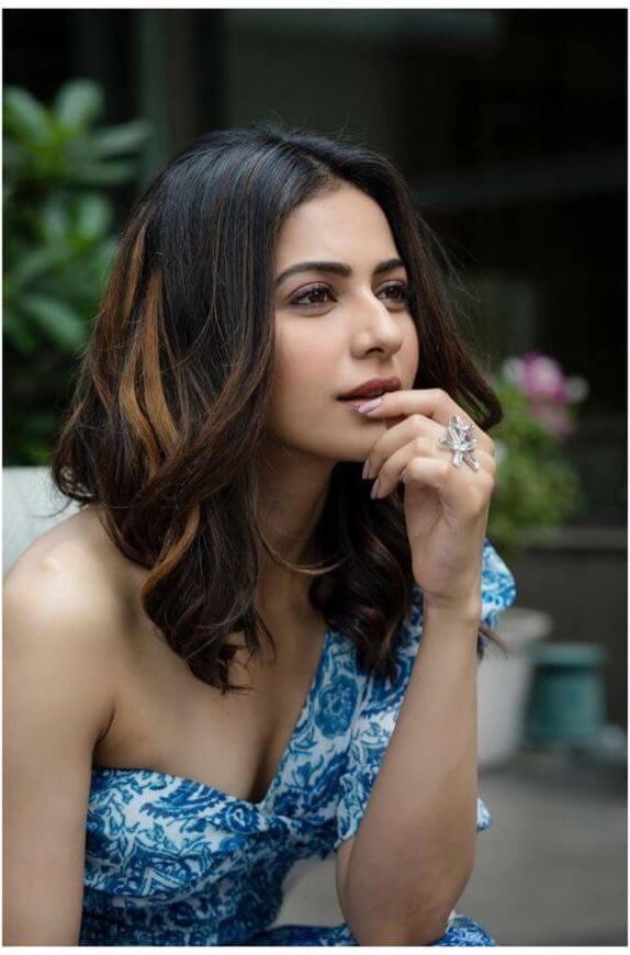 Dhruva Movie Heroine
