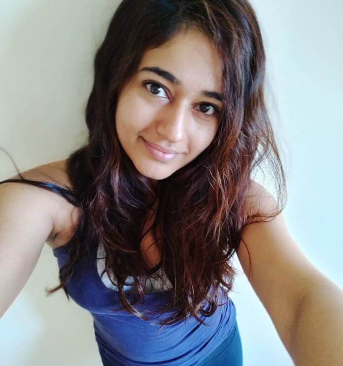 Poonam Bajwa Selfie Pics