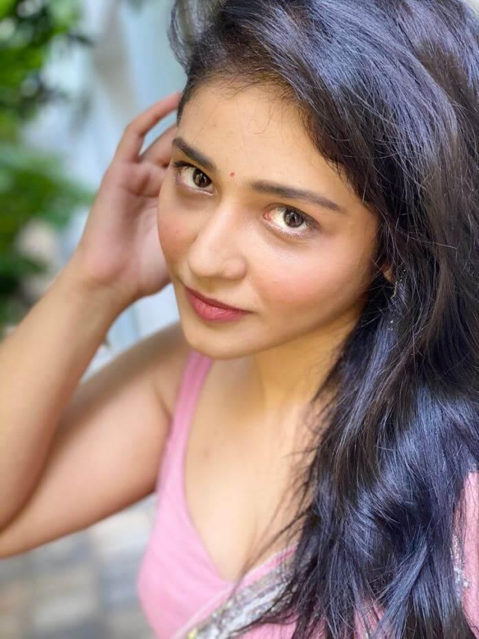 Priyanka Jawalkar Hot Photos