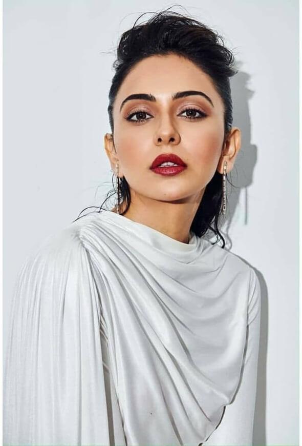 Rakul Preet Singh At Nykaa Femina Beauty Awards