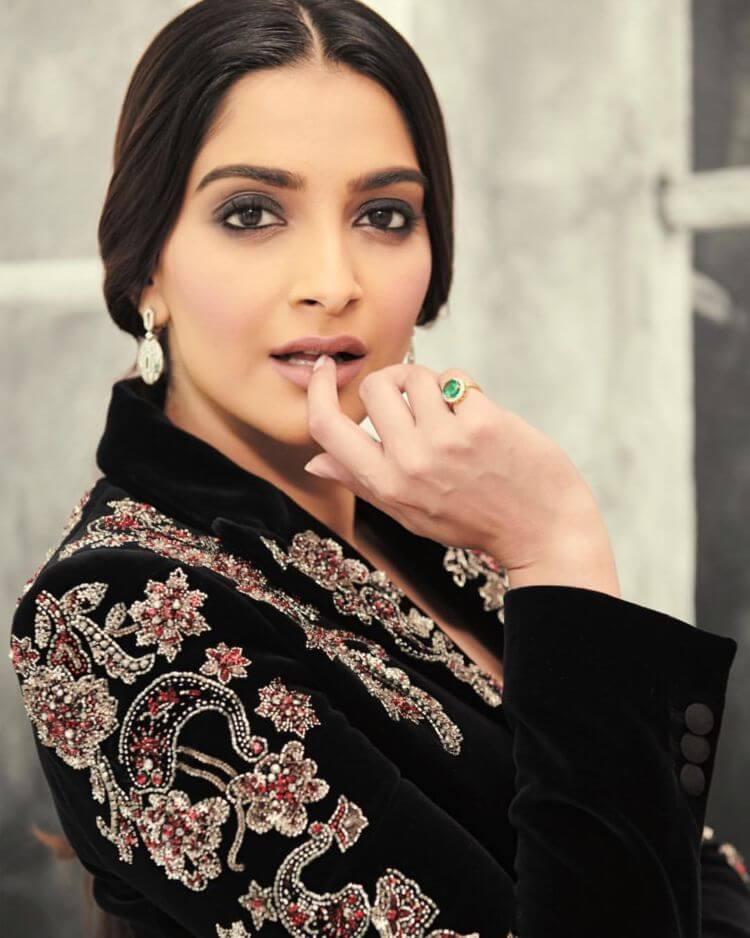 Sonam Kapoor In Designer Suit