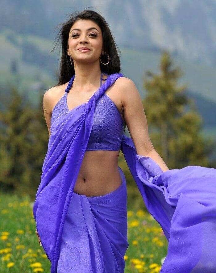 Beautiful Heroine Kajal Agarwal Navel Pictures In Saree
