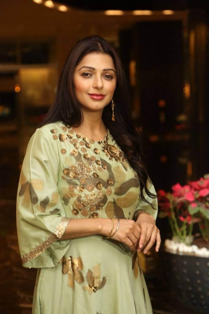 Khushi Movie Actress