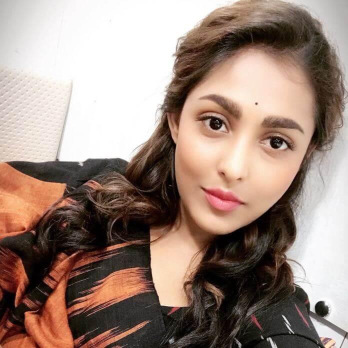 Anukshanam Movie Actress