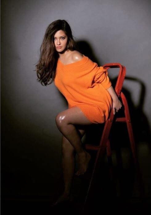 Riya Sen Exclusive Hot Pictures