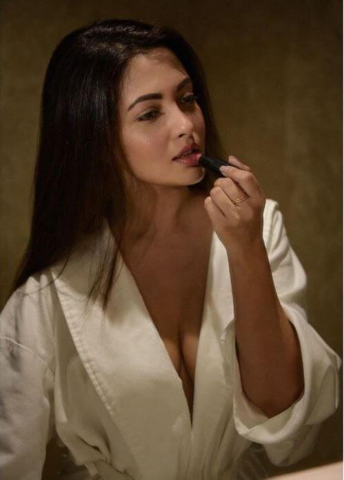 Taj Mahal Movie Actress