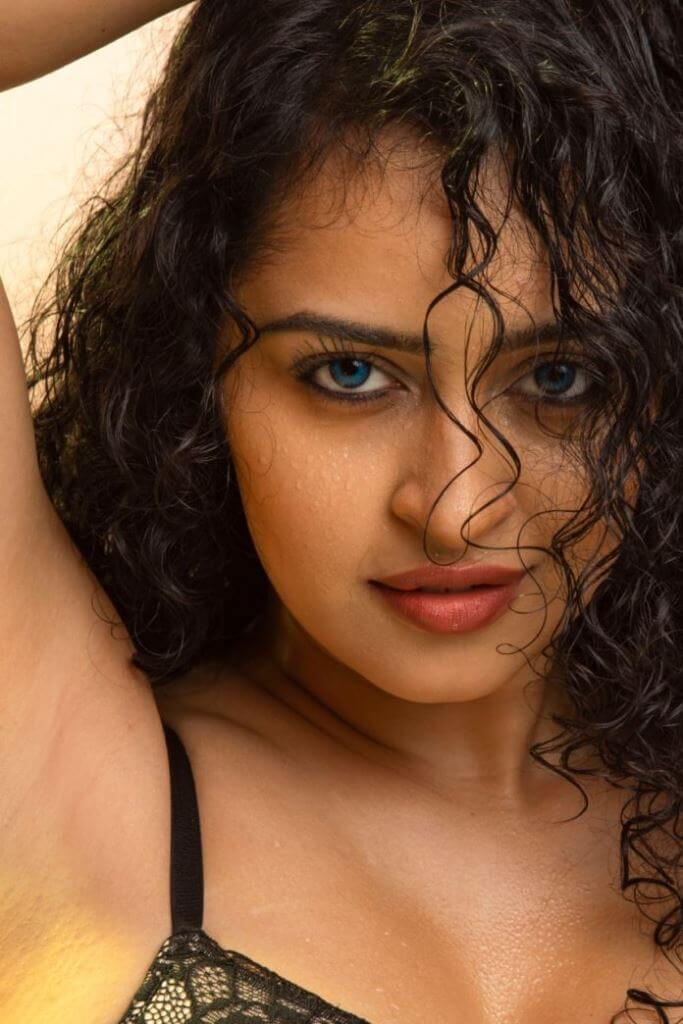 Actress Apsara Rani Bold Photo Collection