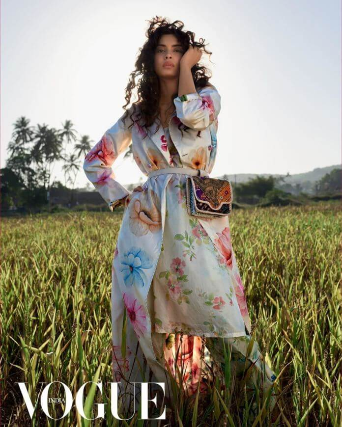 Model Diana Penty
